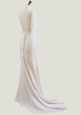 Brautkleid maßgeschneidert Frankfurt
